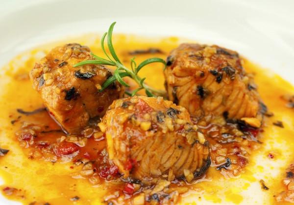 Kokt lax med tomat och rosmarin, SHF